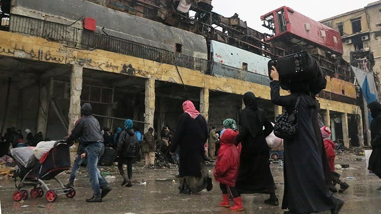 Resultado de imagen para Termina la evacuación en Alepo: 3.406 rebeldes deponen sus armas