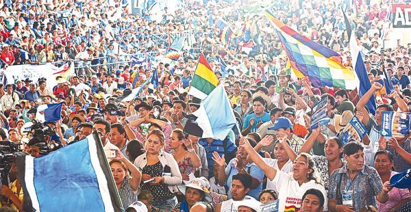 Opositores consideran que la decisión del MAS es un método 'distractivo'