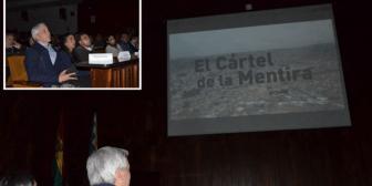 Periodistas y medios independientes soportan el ataque del gobierno de Evo Morales