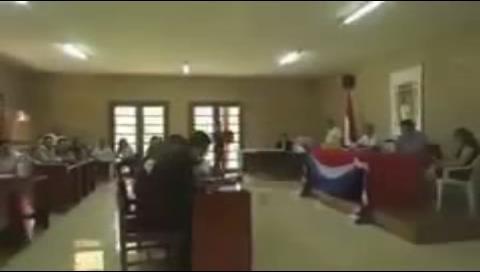 """¡Santa pachamama! La verdad sobre el video de gemidos que """"reprodujo"""" Evo Morales en La Haya"""