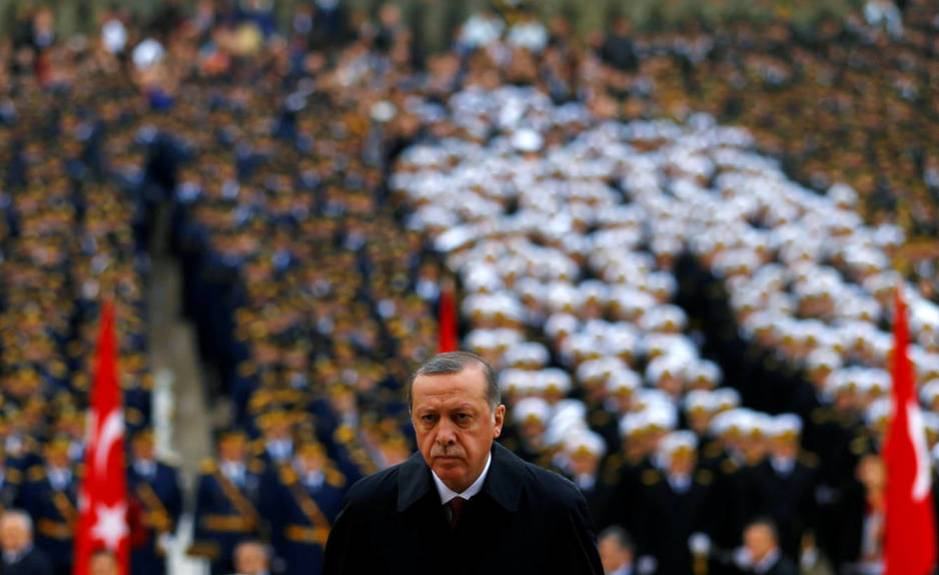 Recep Tayyip Erdogan asiste al aniversario de la República de Turquía, el 29 de octubre de 2016 (Reuters)