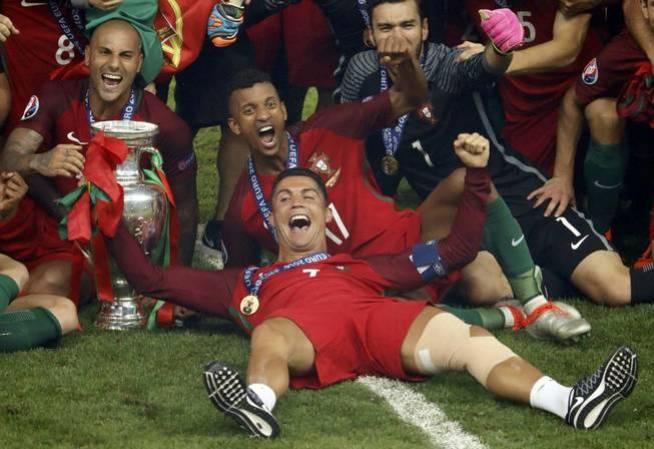 La Portugal de Cristiano se impuso a Francia en la final de la Eurocopa (Reuters)
