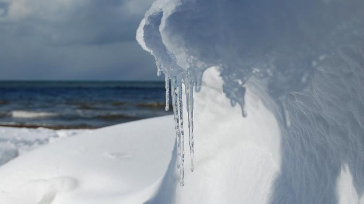 Castillo de hielo: El frío convierte una ciudad rusa en un cuento de hadas (VIDEOS)