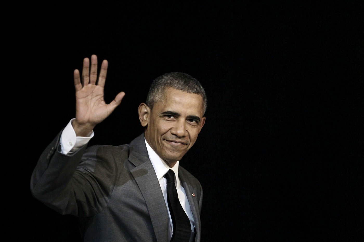 GRA102. Fotografía del 22 de marzo de 2016 del presidente de los Estados Unidos, Barack Obama, durante su visita a La Habana. Barack Obama, el primer presidente negro de EEUU, culminará el 20 de enero sus ocho años de mandato, marcados por la ausencia de escándalos y un legado controvertido que en su mayoría quiere desmantelar su sucesor, Donald Trump. EFE/JEFFREY ARGUEDAS