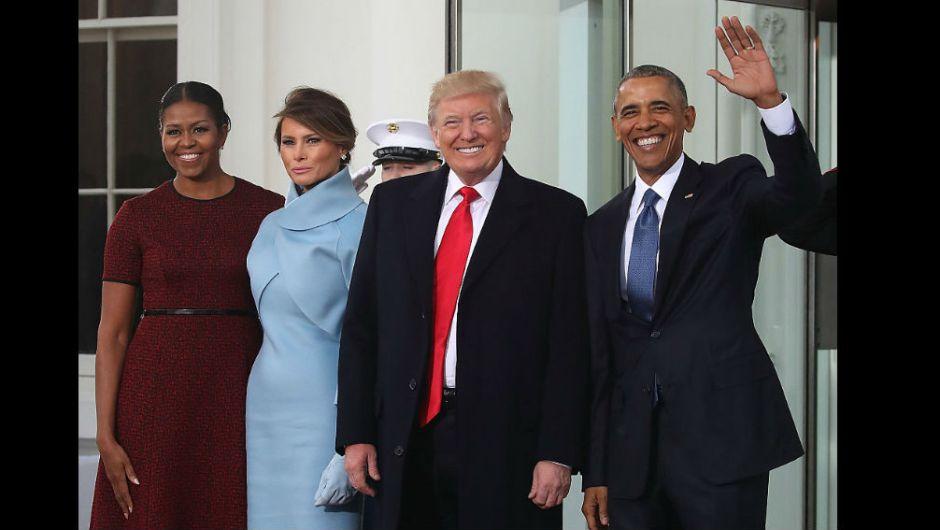 ¡Bienvenido presidente! De izquierda a derecha aparecen Michelle Obama, Melania Trump, Donald Trump y Barack Obama en la Casa Blanca antes de dirigirse al Capitolio Nacional para la toma de posesión de Donald J. Trump. (Crédito: Getty Images)