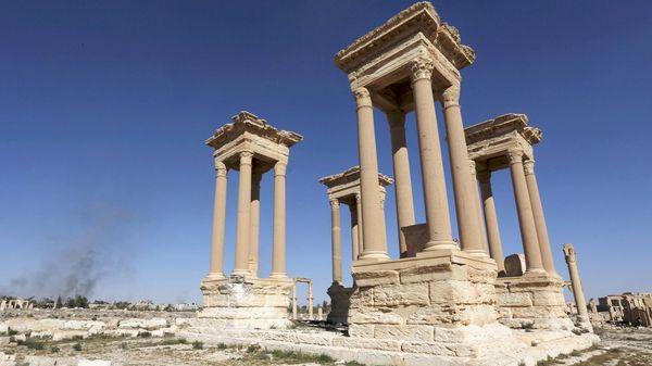 El Tetrápilo de Palmira sufrió los ataques de ISIS (Reuters)