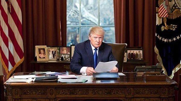 Donald Trump juró el viernes en el cargo y se enfrenta este lunes a su primer día de oficina