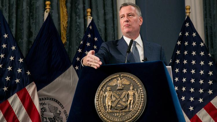 El alcalde de Nueva York desafia los decretos migratorios de Trump