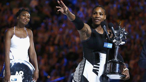 Serena y Venus tras el partido que definió el torneo (Reuters)