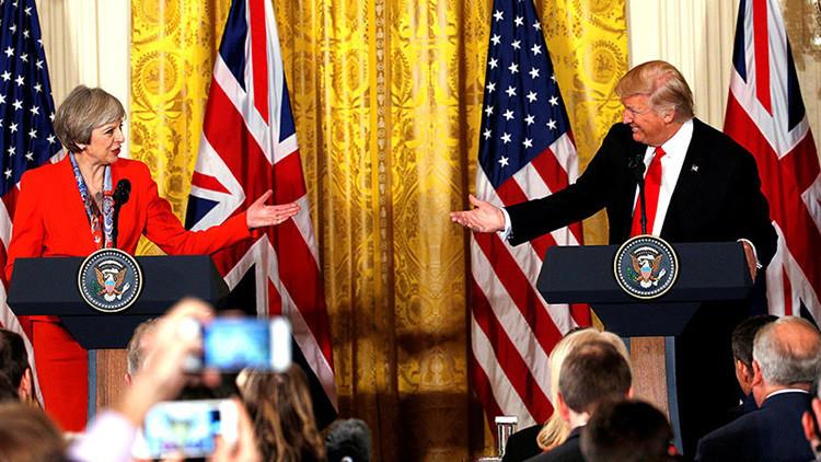 Más de un millón de británicos rechazan la visita de Trump a Reino Unido, pero Londres no la cancela