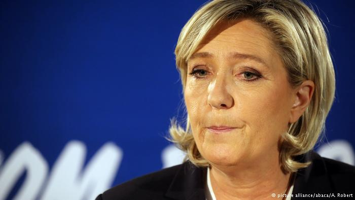 Frankreich Marine Le Pen (picture alliance/abaca/A. Robert)