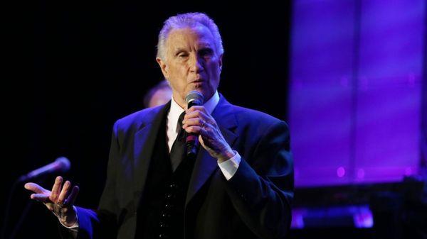 Bill Medley fue un famoso cantante. Se mostró sorprendido y agradecido por la resolución del asesinato de su ex esposa (AP)