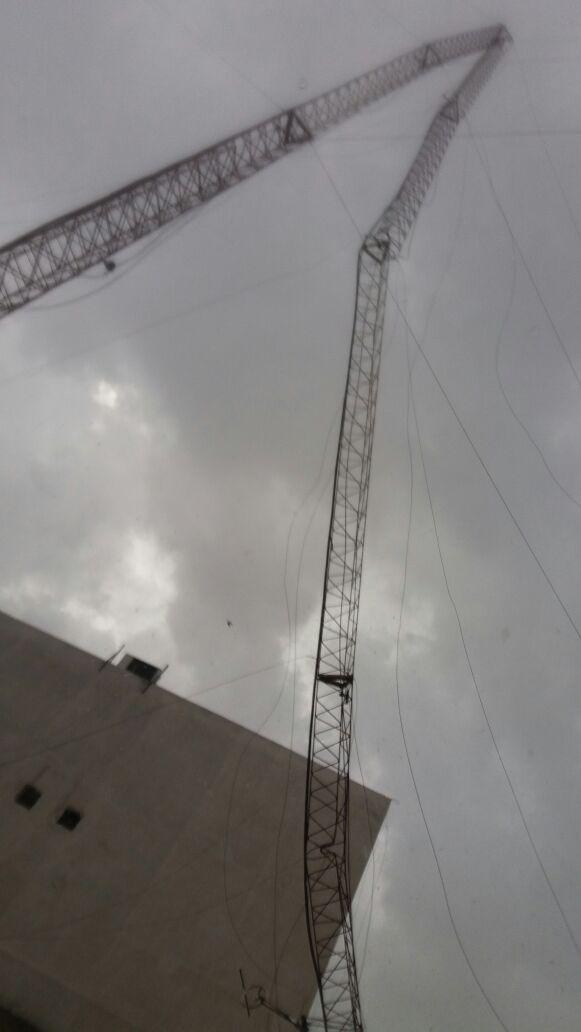 Vientos tumban la torre de Radio Expresión