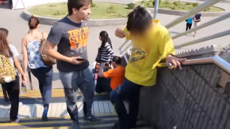 Salazar, el 'cazapedófilos' chileno que triunfa en YouTube (VIDEO)