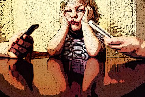 Expertos recomiendan a los padres de familia prestar atención a sus hijos.