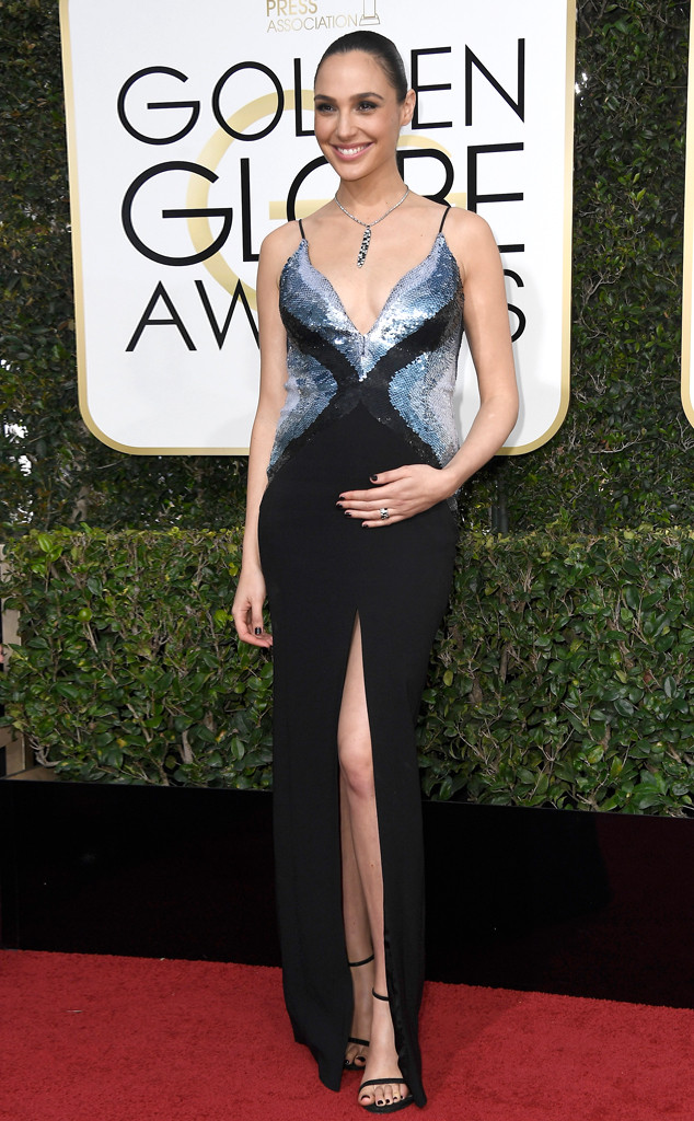 Gal Gadot, 2017 Golden Globes, Arrivals