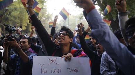 Una manifestación de minorías sexuales en Nueva Deli contra un veredicto de la Corte Suprema.