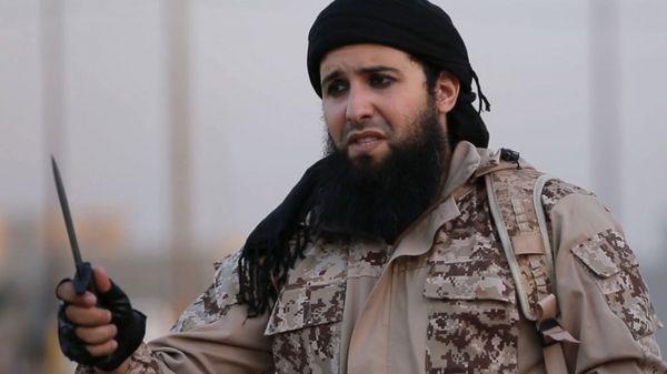 El reclutador e ideólogo de ataques Rachid Kassim, francés de origen argelino (AFP)