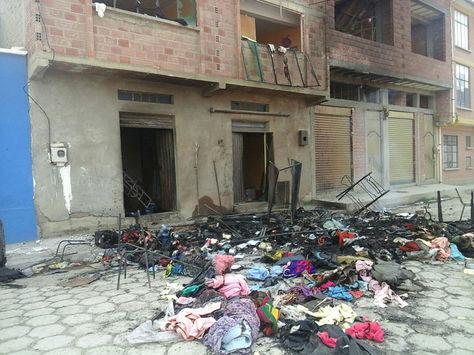 Así quedo una de las casas afectadas por la violencia en Achacachi.