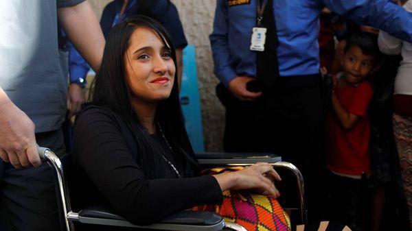 Ximena Suárez es madre soltera de dos hijos, uno de 2 y otro de 6 años(Reuters)