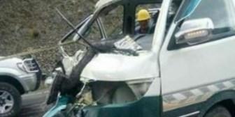 Accidente de tránsito deja cuatro heridos en el sector de la cumbre en La Paz