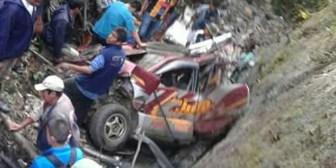 Embarrancamiento en los Yungas de La Paz deja cuatro fallecidos