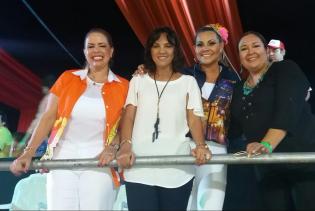 Angelica Sosa, Desireé Bravo, Eliane Saavedra, Rossy Valencia,