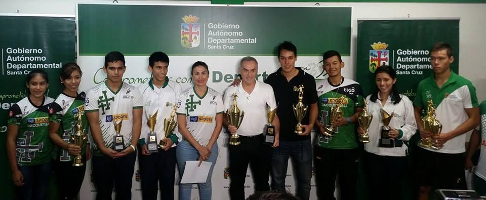 Deportistas Top 100 de la Gobernación clasifican a Panamericano de Raquetbol en Costa Rica
