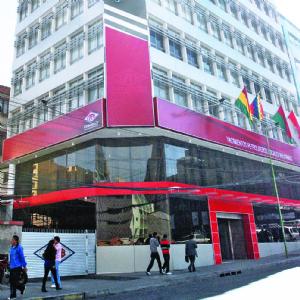 YPFB: directorio deja en manos de Achá el contrato con Drillmec