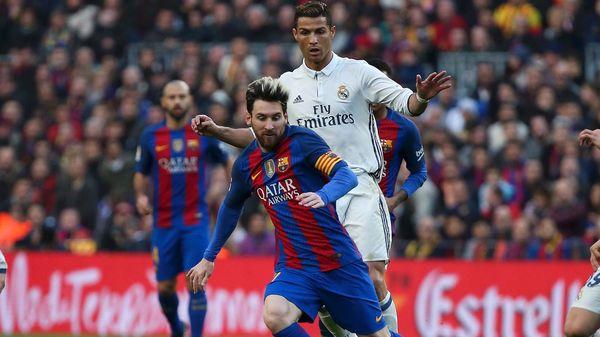 Barcelona y Real Madrid se enfrentarán el 29 de julio (Reuters)