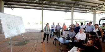 Alcalde recibe informe sobre el mercado mayorista Abasto