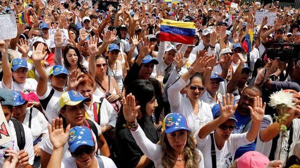 Artistas y músicos marcharon en Caracas en honor a los caídos #7May