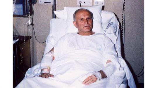 El Papa Juan Pablo II en el hospital Gemelli de Roma, luego de haber sido herido durante el atentado del 13 de mayo 1981. Foto: Archivo