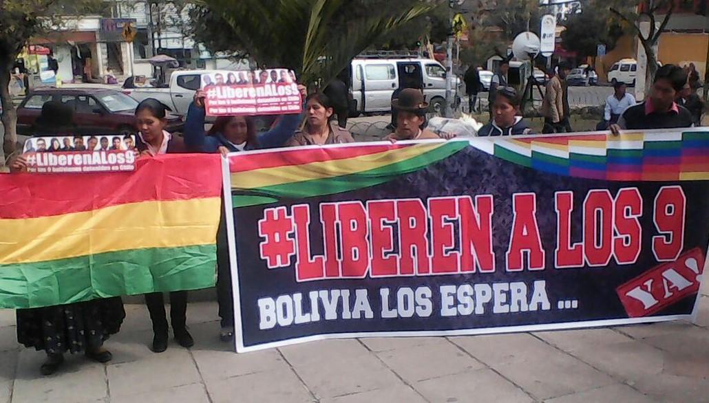 Familiares de nueve bolivianos detenidos en Chile piden reunirse con Bachelet