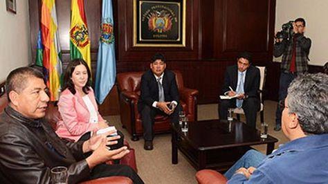 El Canciller Fernando Huanacuni Mamani sostuvo reuniones de coordinación previa a la Conferencia Mundial de los Pueblos sobre Ciudadanía Universal