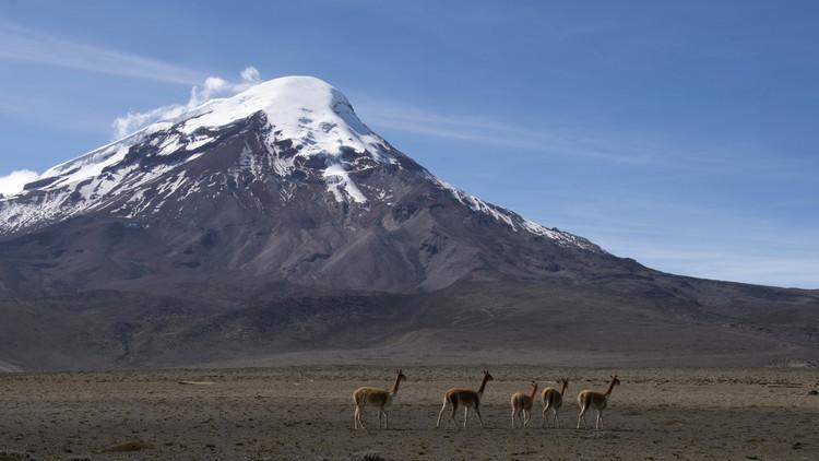 FOTOS: RT conoce en Ecuador al último 'hielero' del Chimborazo, el punto más cercano al Sol