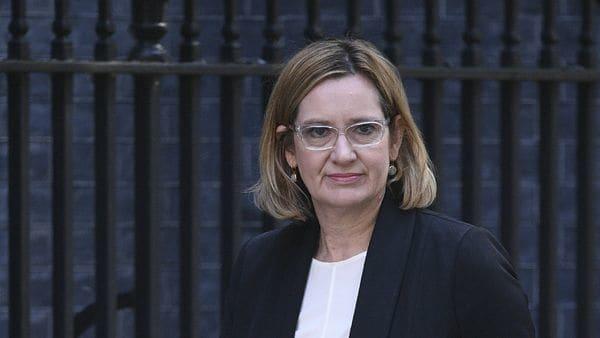 """La secretaria de Interior, Amber Rudd, dijo que """"es irritante si la información se divulga por otras fuentes y he sido muy clara con nuestros amigos que no debe volver a pasar"""" (AFP)"""