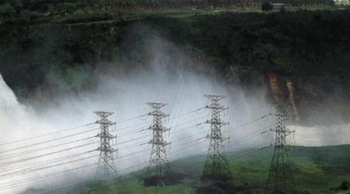 Gobierno interviene empresa de servicios eléctricos en los Yungas