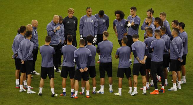 Estos hombres, liderados por Zidane, pueden romper una maldición. (Reuters)