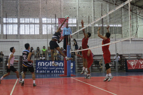 Resultado de imagen de voleibol juvenil boliviano masculino