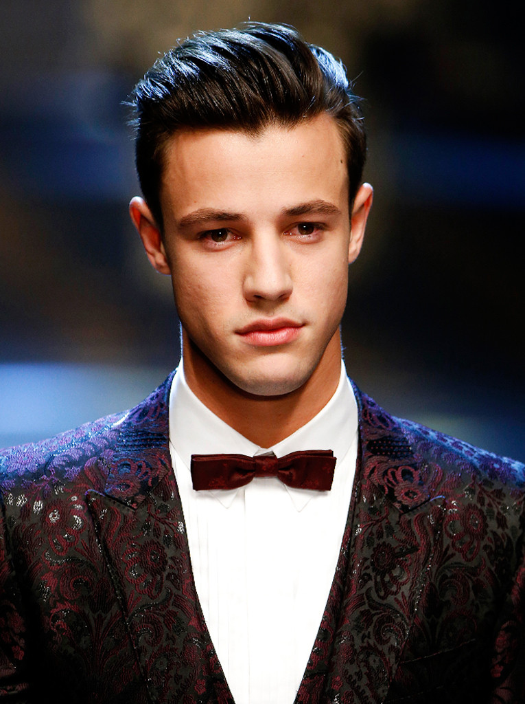 ESC: Cameron Dallas