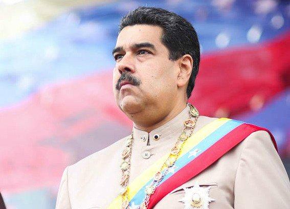 Venezuela: Maduro amenaza con ir a las armas para liberar el país