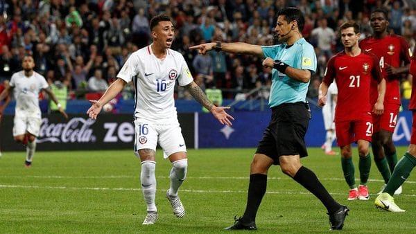 El árbitro que dirigirá la semifinal entre Chile y Portugal