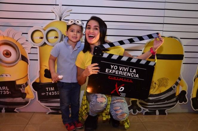 Oriana Arredondo y su sobrino Leonardo