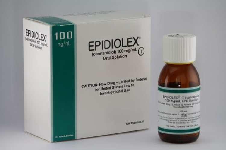 Epidiolex inauguraría eluso terapéutico del CBD dentro de la normativa de la FDA. (GW Pharma)