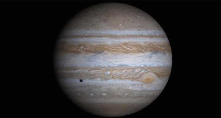Júpiter actuó como una barrera para proteger el interior del sistema solar de los meteoritos que podían impactar en la superficie.