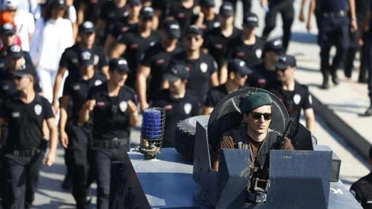Un enorme dispositivo de seguridad fue preparado por el alcalde de Estambul (Reuters)