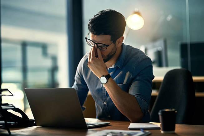 El entorno laboral es competitivo y nos puede pasar factura. (iStock)