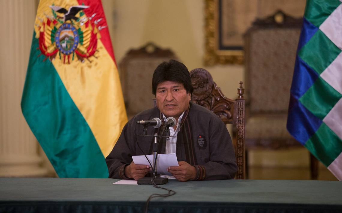 """Evo Morales afirma que la Presidenta Bachelet """"está secuestrada por la oligarquía pinochetista"""""""
