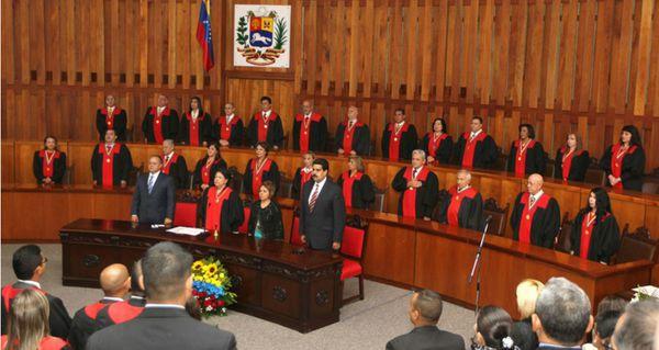 Designación extemporánea de magistrados constituye un delito por usurpación de funciones